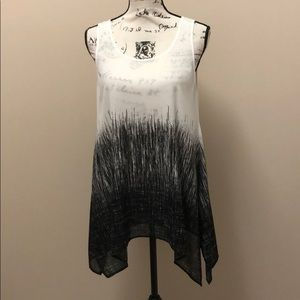 Karen Kane black and white hi low tunic